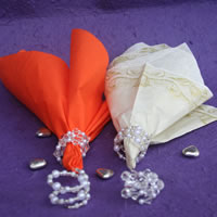 Bridal Favours : Glass and pearl serviette spirals